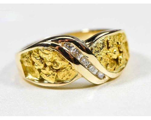 Orocal Twist Gold Nugget Ladies Ring With Center Diamond Wave