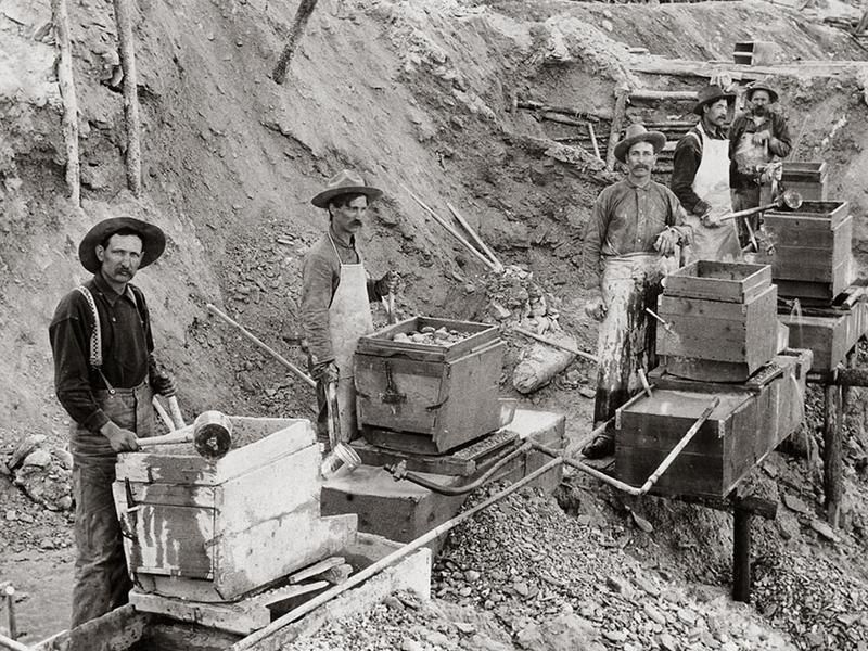 Gold-miners.jpg