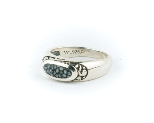 Alaska Sea Coral Ladies Ring With Floral Engraving