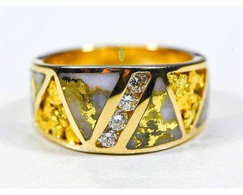 Orocal Triangle Gold Quartz & Gold Nugget Ladies Ring With Center Diamonds