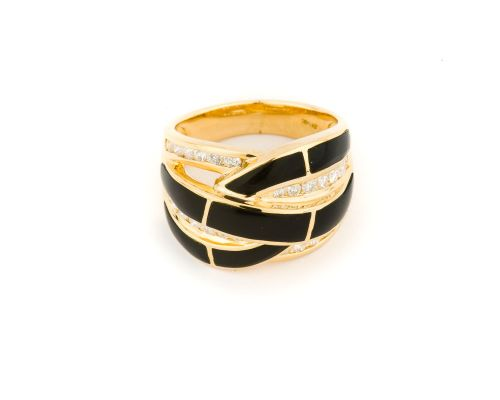 Alaska Black Petrified Wood Woven Ladies Ring With White Diamonds